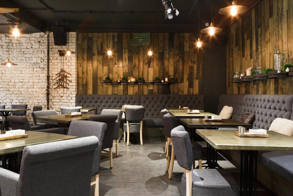 empty-restaurant-interior